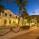 Beautifully lit island B&B. Enjoy the Christmas Holiday in Key West!