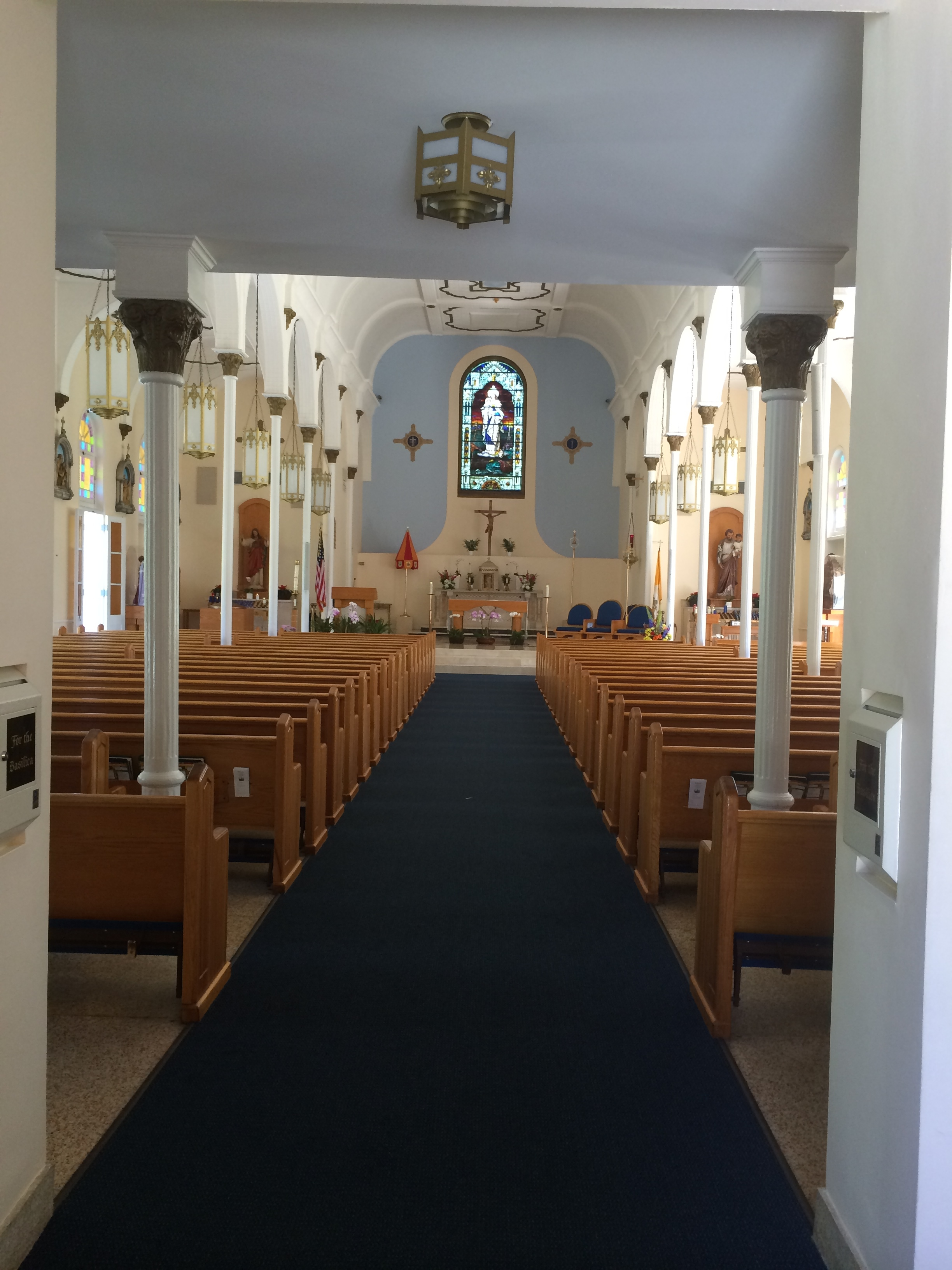 Inside-saint-mary-star-of-the-sea-basilica-key-west